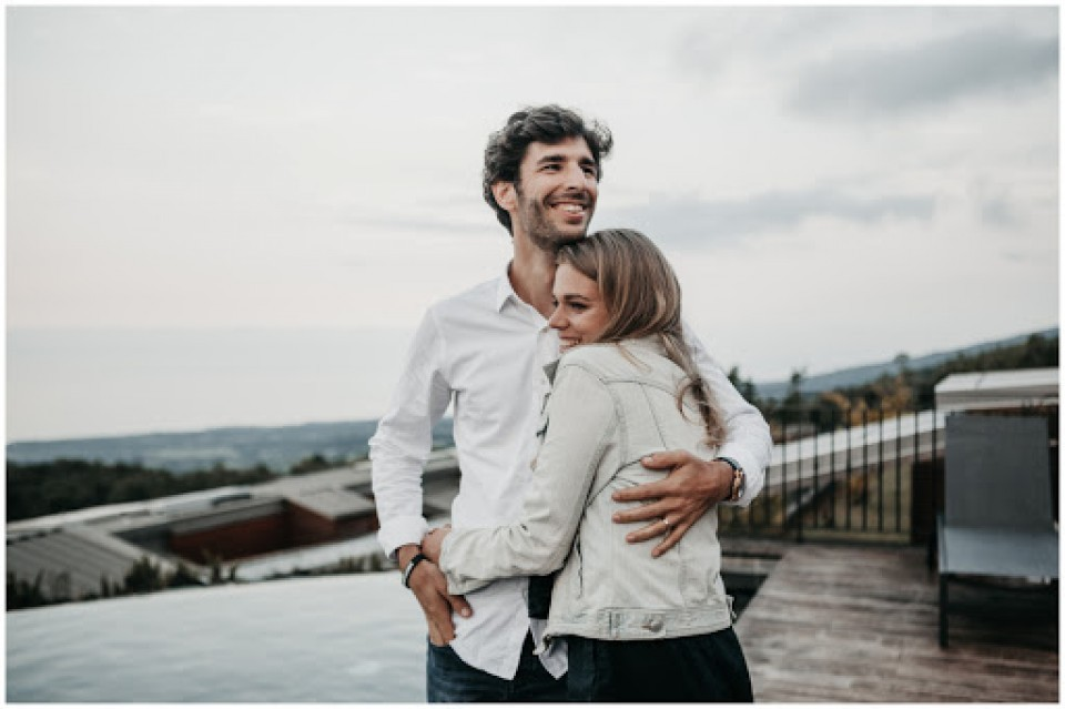 surrey dating besplatno