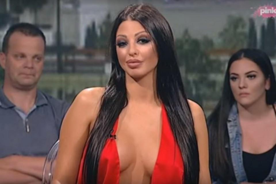 Djevojčurak: Evo kako je Maja Marinković izgledala prije plastičnih  operacija! | Ekskluziva.ba